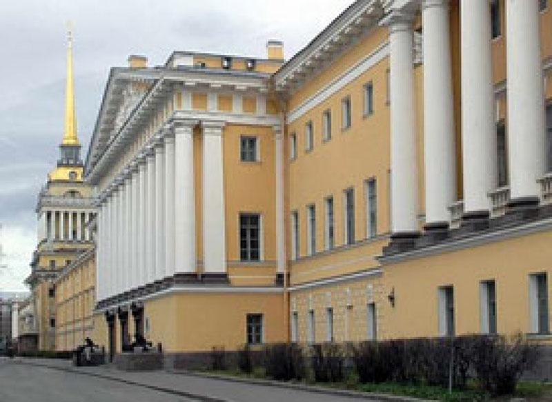 Здание Ленинградского ВВМу