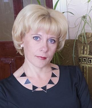 Кулякова Валентина Михайловна - учитель музыки