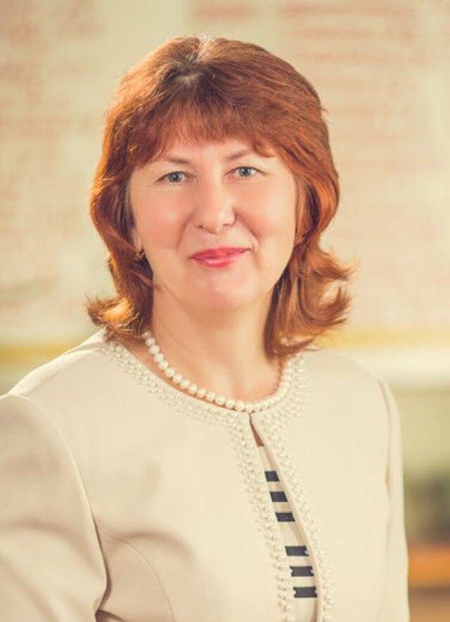 Нахаёва Валентина Константиновна - учитель географии и биологии