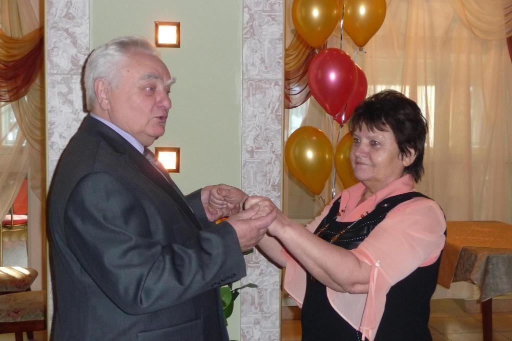 Анатолий Сидоров с женой Аллой Селезнёвой