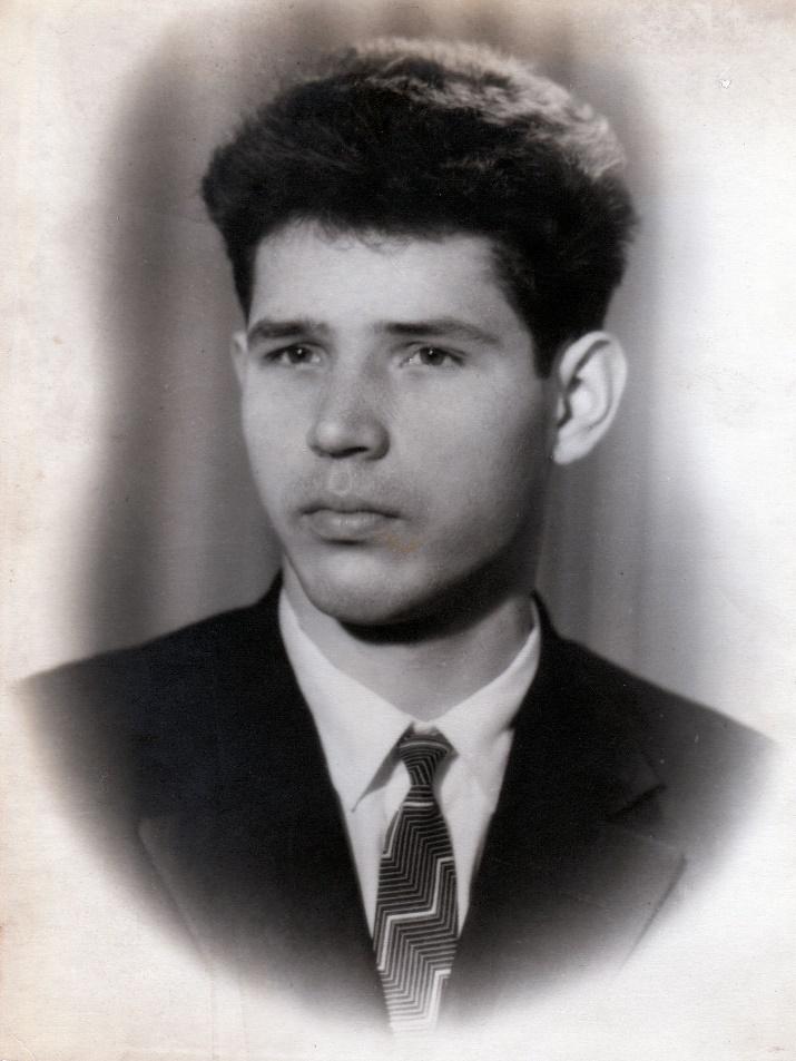 Виталий Черенцов