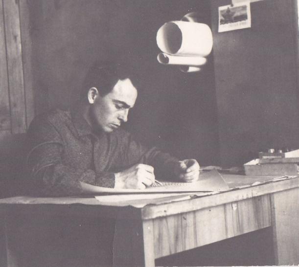 Дима Подлузкий готовит диссертацию