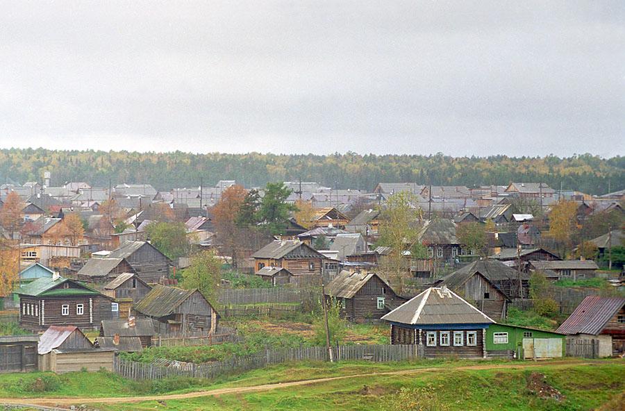 Самый малочисленный город России - Верхотурье  (Свердловская область). Здесь в 1961-м году  начинала  свой трудовой путь Люда Солуянова… Вид на старую часть города.