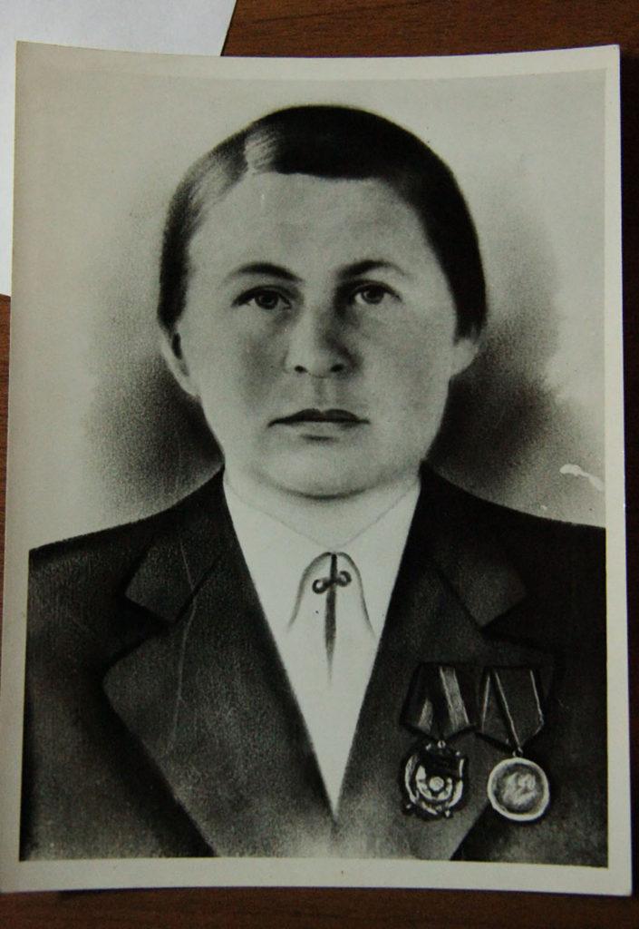 Сладковская Анастасия Яковлевна–пулемётчица, разведчица, связная Мглинского партизанского отряда